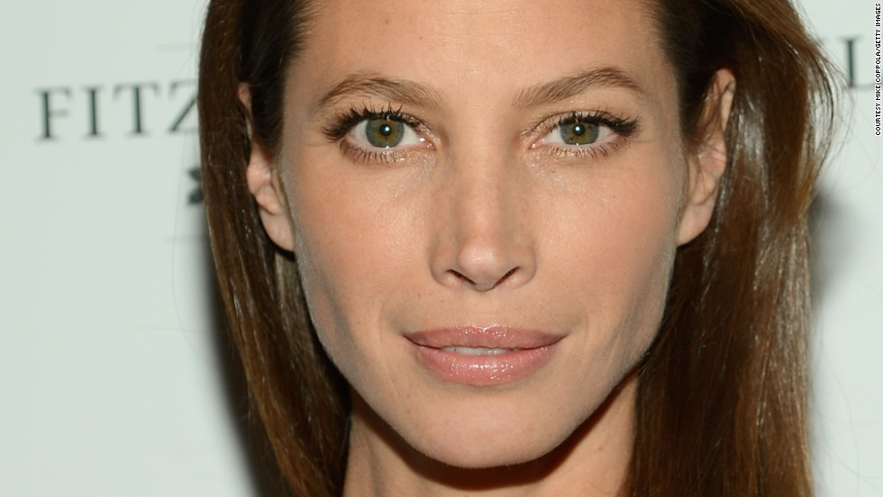 At 41 years old the stunning supermodel Christy Turlington stood out next to younger models in a 2010 Louis Vuitton campaign.