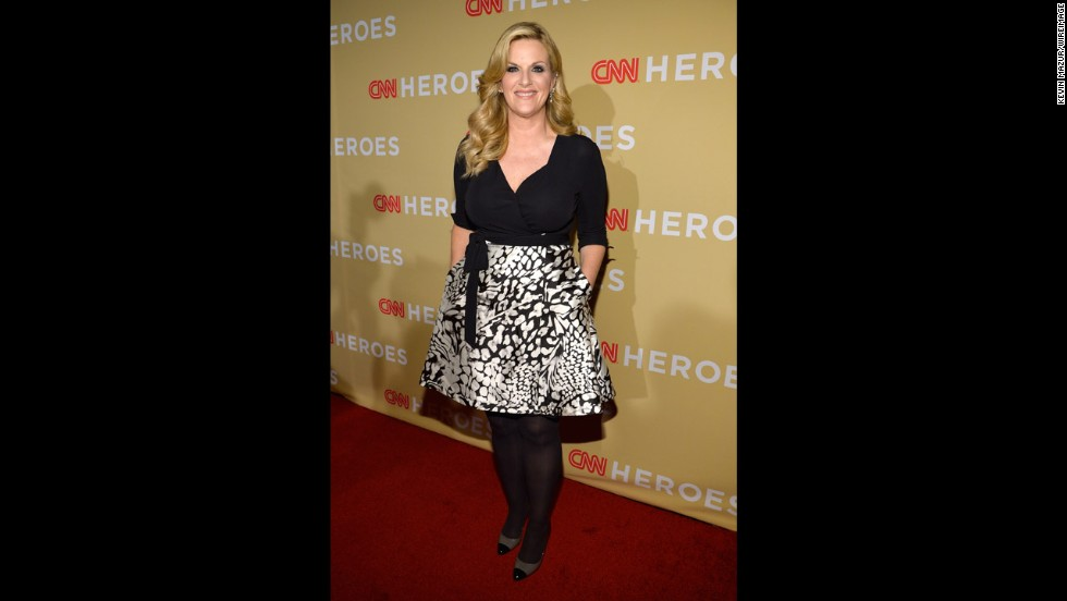 "Singer Trisha Yearwood will be performing the title track from her new album, ""PrizeFighter."""