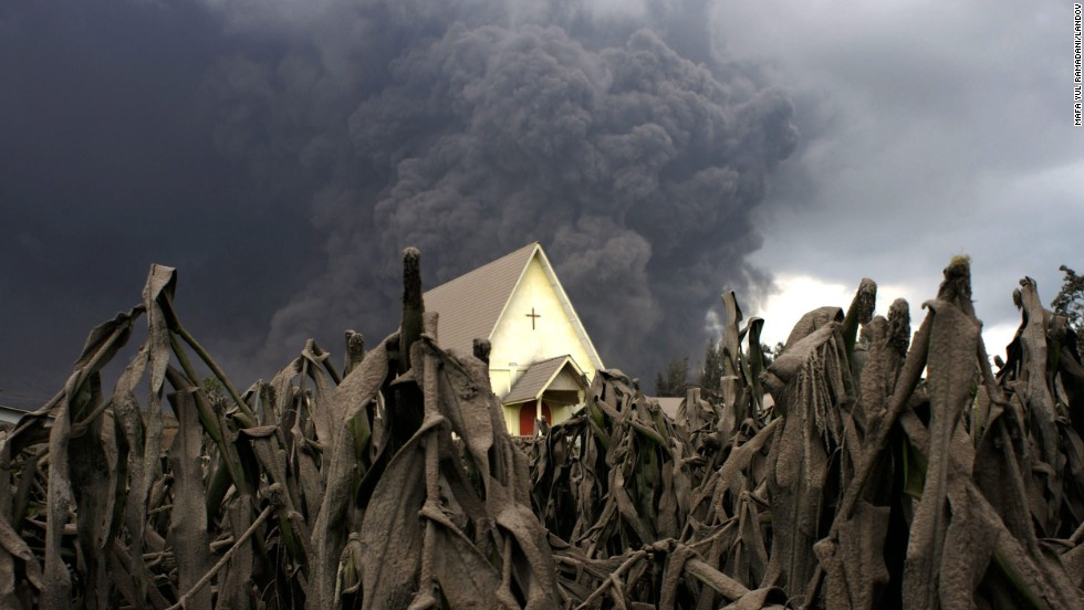 "<strong>January 6:</strong> A cornfield in Karo, Indonesia, is covered with volcanic ash following the eruption of Mount Sinabung. <a href=""http://www.cnn.com/2013/11/20/world/gallery/recently-active-volcanos/index.html"">See other recently active volcanoes</a>"
