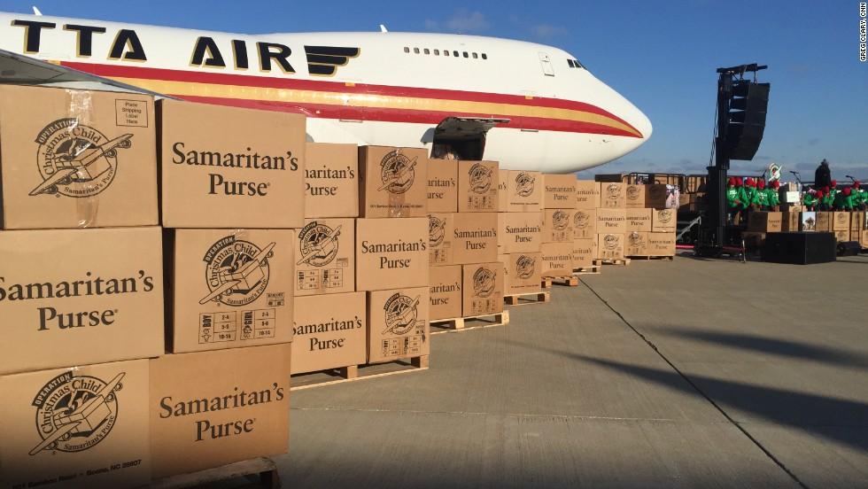 Samaritans send boxes to Kurdish refugees