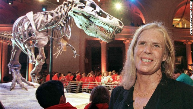 Paleontologist Sue Hendrickson at the 2000 unveiling of her T-Rex discovery