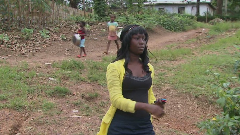 Nursing student treats family for Ebola