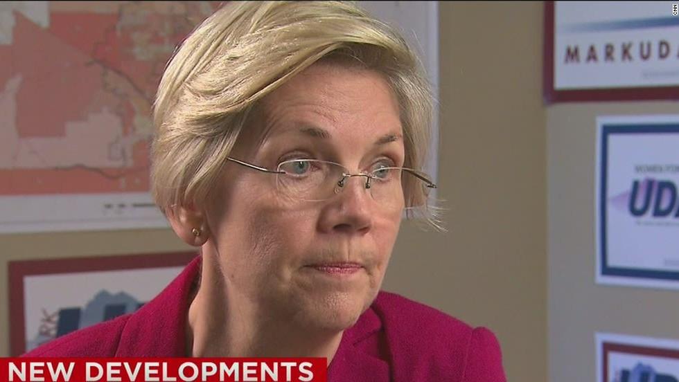 Hundreds of Obama alums urge Warren to run