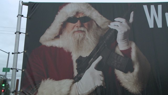 dnt gun totting santa Assault rifle _00002415.jpg