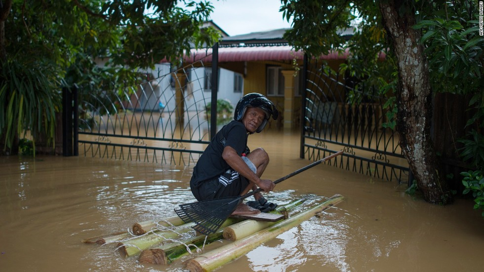 Malaysia, Thailand hit with epic flooding; threat of landslides loom