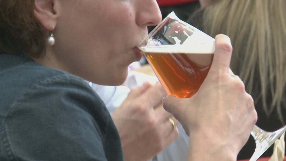 Craft beer: Not just for dudes - CNN Video