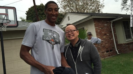 Jeff Yang with Scottie Pippen.