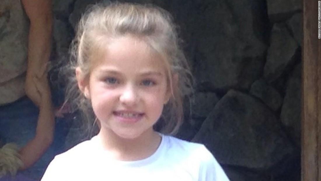 7-year-old survives plane crash that kills 4 in Kentucky