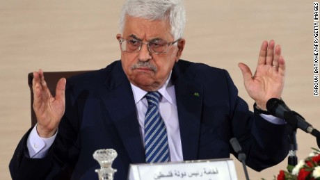 Palestinian President Mahmud Abbas speaks during a press conference held at the Ministry of Foreign Affairs on December 23, 2014, in Algiers.