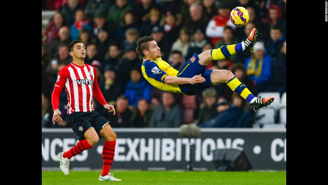 Arsenal's Mathieu Debuchy clears the ball with an overhead kick during a Premier League match in Southampton, England, on Thursday, January 1.
