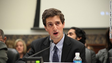 Matthew Segal providing testimony before the U.S. House of Representatives Committee on Education and Labor in 2009.