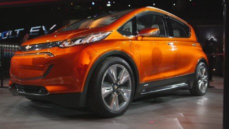 cnn$ chevrolet volt and bolt plugin cars debut at detroit auto show_00001004.jpg