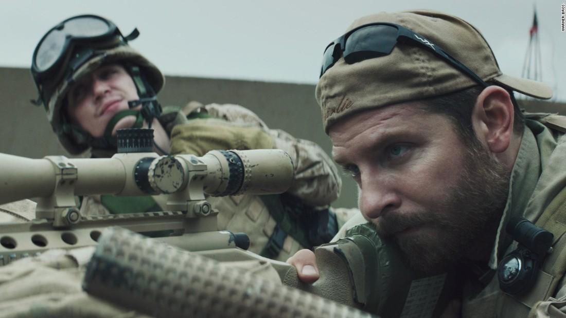 "<strong>Mejor Película: '</strong>American Sniper' (en la imagen), 'Birdman or (The Unexpected Virtue of Ignorance)', ""Boyhood', 'The Grand Budapest Hotel', 'The Imitation Game', 'Selma', 'The Theory of Everything"" y 'Whiplash'."