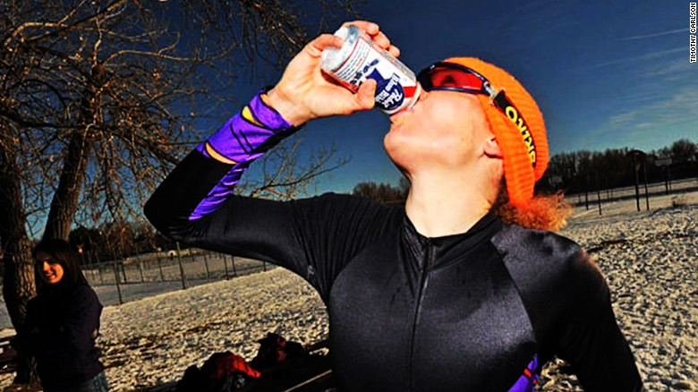 THIS is what it's like to drink 4 beers and run a mile