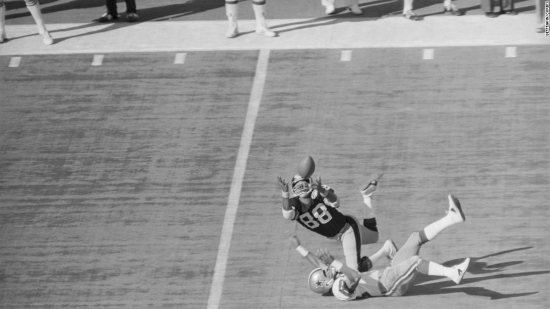 This diving catch from Pittsburgh wide receiver Lynn Swann is one of the most iconic plays in Super Bowl history. Swann had a touchdown and 161 yards receiving as the Steelers defeated Dallas 21-17 to win their second straight Super Bowl. Swann was the first wide receiver to win MVP.