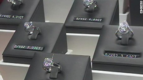 nr hong kong diamond heist_00003524
