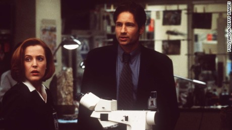 Gillian Anderson and David Duchovny in a scene from the film