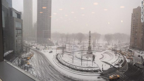 View from my desk before we head out onto the streets for tonight's #cnnsnow coverage in NYC