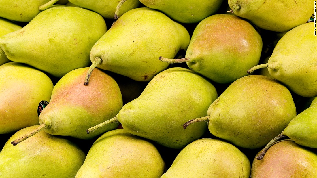 "Fruit is a common gift in China when visiting friends or relatives, the paper says, but you should steer clear of pears, especially for couples. It sounds similar to the word for ""separation."""