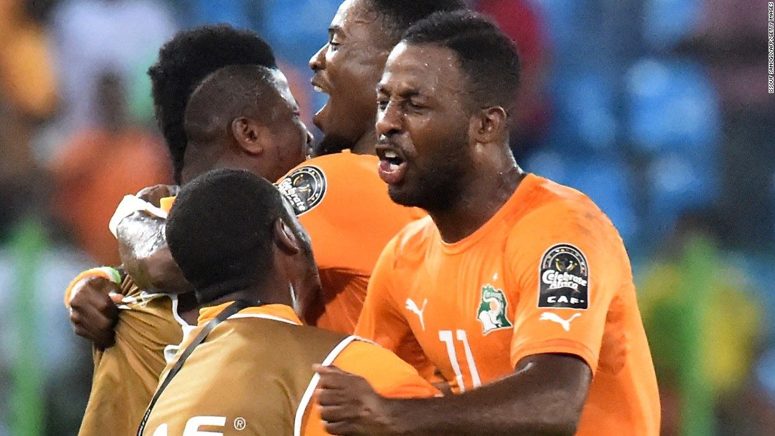 Ivory Coast's players celebrated reaching the AFCON 2015 quarterfinals -- and avoiding the drawing of lots -- with victory over Cameroon.