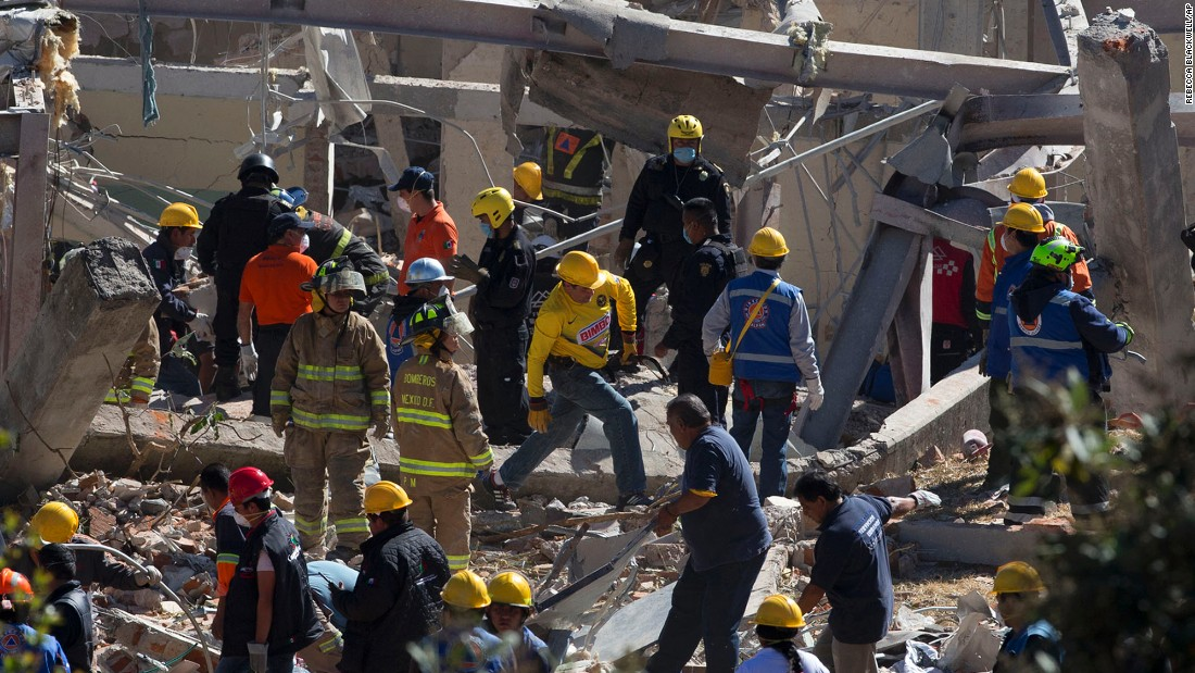 "Rescue workers clear wreckage following a <a href=""http://www.cnn.com/2015/01/29/world/gallery/mexico-hospital-explosion/index.html"" target=""_blank"">gas explosion</a> that rocked a maternity hospital on the outskirts of Mexico City on Thursday, January 29. At least two people were killed, the city's mayor said, and dozens were hurt."
