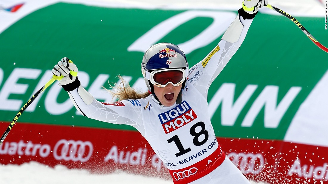 Lindsey Vonn is back on the world podium with her first medal at an event of this size since 2011 -- bronze in the super-G in Beaver Creek, Colorado.