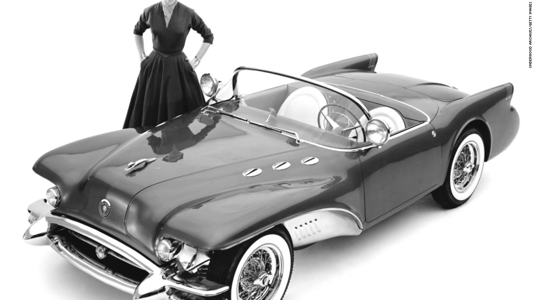Earl's 1954 Buick Wildcat II fiberglass concept car was a chrome-lovers dream. It featured a unique chrome-plated front-end suspension. Its fenders were lined with chrome panels.