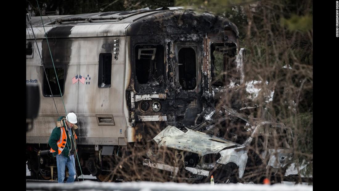 NTSB: Emergency brake applied in deadly N.Y. rail crash