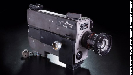 Mounted in the right-hand window of the lunar module Eagle, this camera filmed the first landing on the Moon. Astronauts Neil Armstrong and Buzz Aldrin later repositioned it to film their work on the lunar surface.