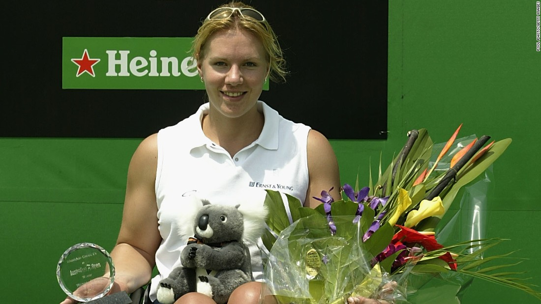 Vergeer's 10-year winning streak began with victory at the 2003 Australian Open, where she beat Australian Daniela Di Toro, who also happened to be the last player to inflict defeat on the Dutch dynamo.