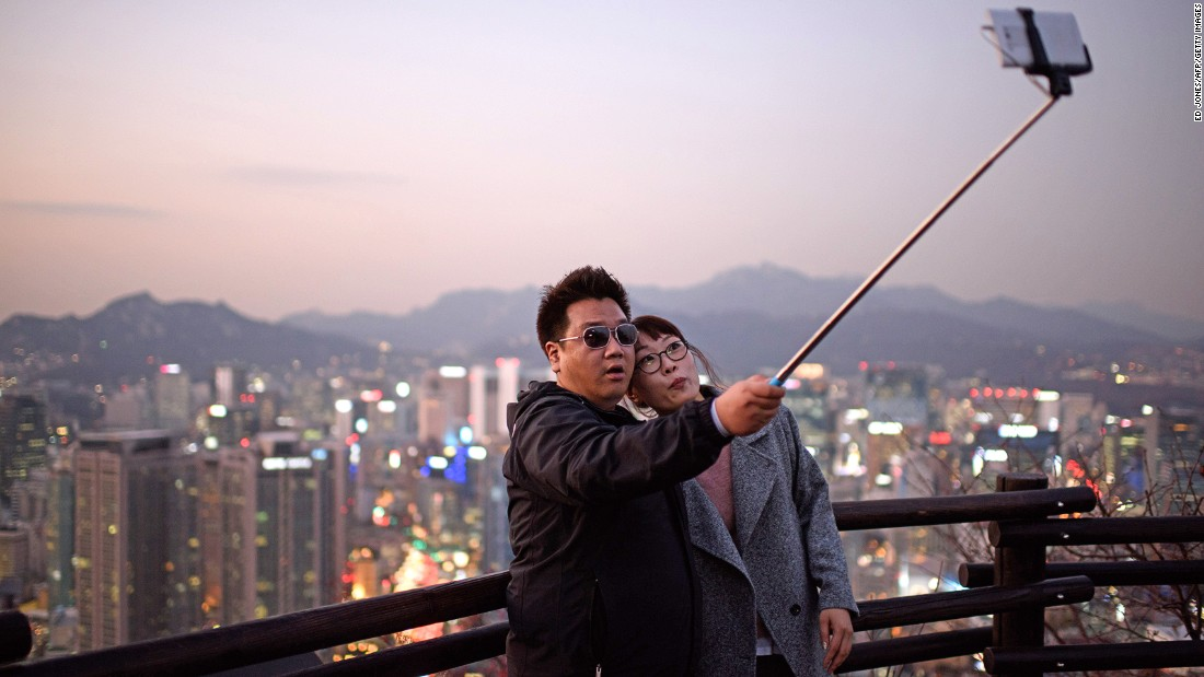 It looks ridiculous and makes us feel narcissistic. But we admit there are times when we can't help indulging in a selfie stick moment. Following are some of the best excuses for whipping out the selfie stick.