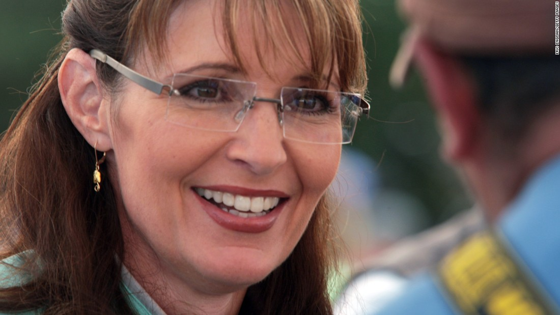 "In 2009, Alaska governor and former vice presidential candidate Sarah Palin told her constituents that she was resigning ""to chart a new course to advance the state."" Palin, a Republican, also <a href=""http://www.cnn.com/2009/POLITICS/07/26/palin.resignation/"" target=""_blank"">said</a> she wanted to avoid ""the unproductive, typical, politics-as-usual, lame-duck session in one's last year in office."""