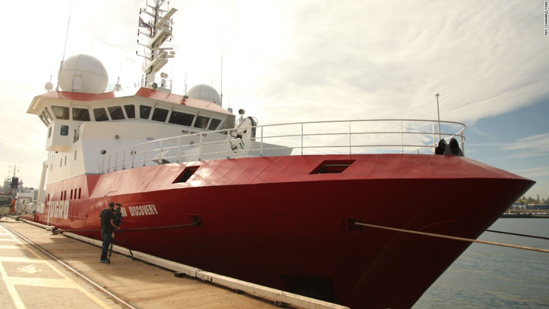 The Fugro Discovery ship docked early morning  in Fremantle Port after a six week stint of searching for the missing Malaysia Airlines MH370 jet. It is expected to set out again on Friday for another six weeks. About 40% of the priority search zone has been covered so far. The entire priority search area is expected to be covered by May.
