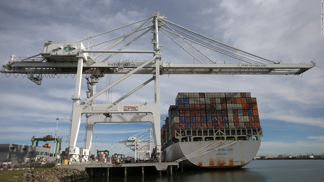West Coast dockworkers reach deal