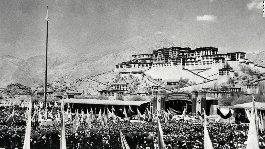 Tibetans gather during an armed uprising against Chinese rule on March 10, 1959, in front of the Potala Palace in Lhasa.