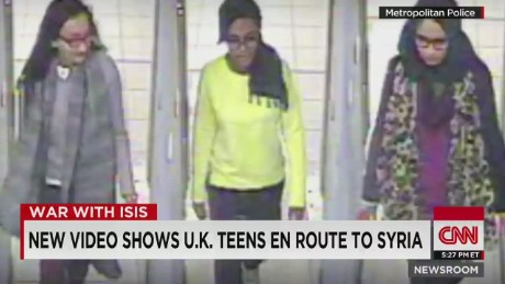 nr Surveillance Video shows U.K. Teens En Route to Syria_00002320.jpg