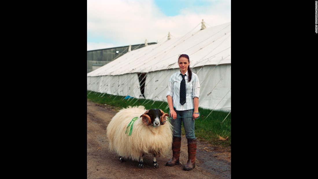 Hannah with her prize-winning Scottish Blackface ram, Brewser.