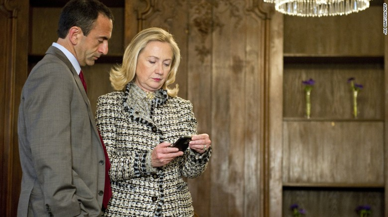 Will email trouble hurt Hillary in 2016?