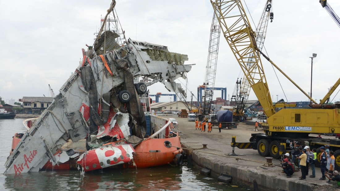 Pilot response led to AirAsia crash into Java Sea