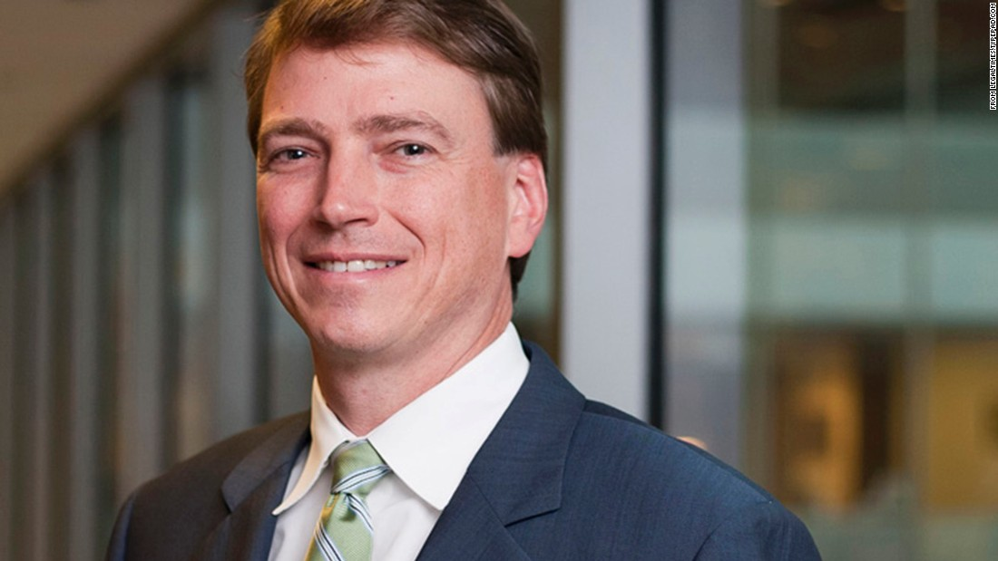 Douglas Hallward-Driemeier, a partner at Ropes & Gray LLP in Washington, will argue that states should recognize marriages performed in other states.