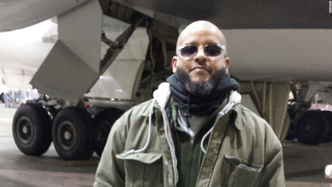 Air Force veteran pleads not guilty to terror-related charges