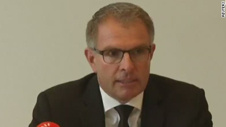 Lufthansa CEO: Speechless that co-pilot crashed plane
