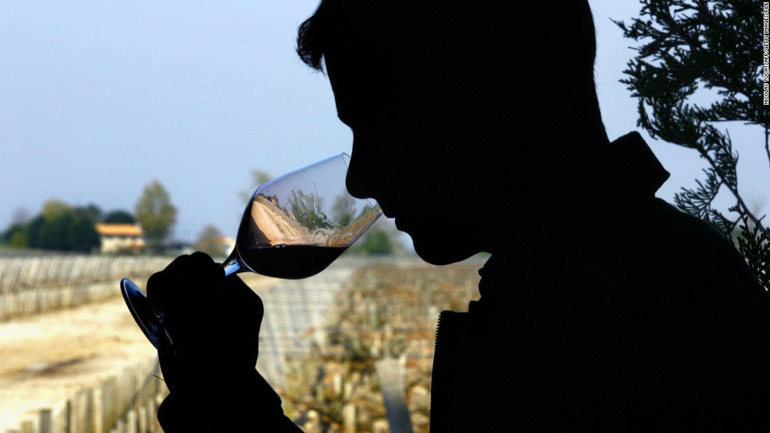 "A glass of wine a day is allowed on the MIND diet. Wine is a good source of antioxidants, which is also good for your heart health. <a href=""http://www.mayoclinic.org/diseases-conditions/heart-disease/in-depth/red-wine/art-20048281"" target=""_blank"">Resveratol in red wine</a> may also help prevent damage to blood vessels."