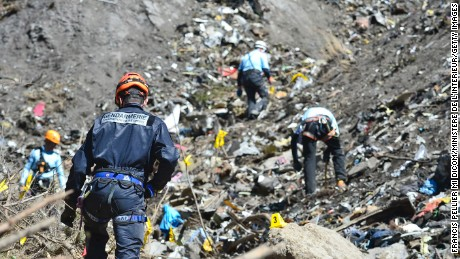 Germanwings plane crashes in France