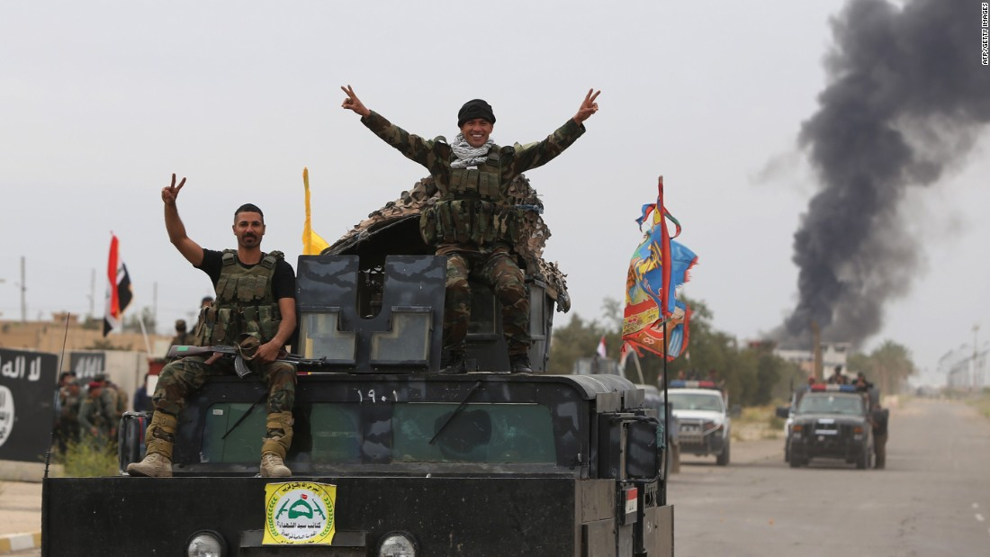 ISIS flees Tikrit, leaving bombs and fear