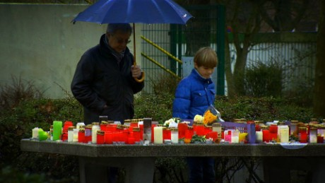 Small German town remembers crash victims