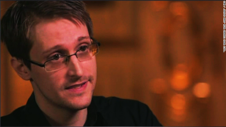 Snowden: U.S. government has your nude photos