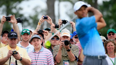 Tiger tunes up at Augusta