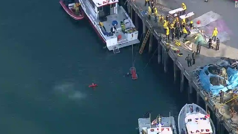 Car goes into Port of Los Angeles water