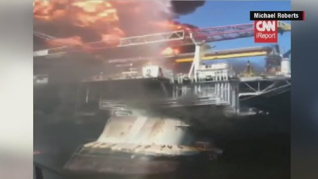 irpt oil rig explosion close up video_00003423